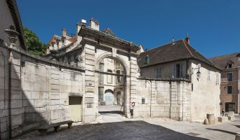 Chalon-sur-Saône programme immobilier à rénover « Le Palais Episcopal » en Loi Malraux  (2)