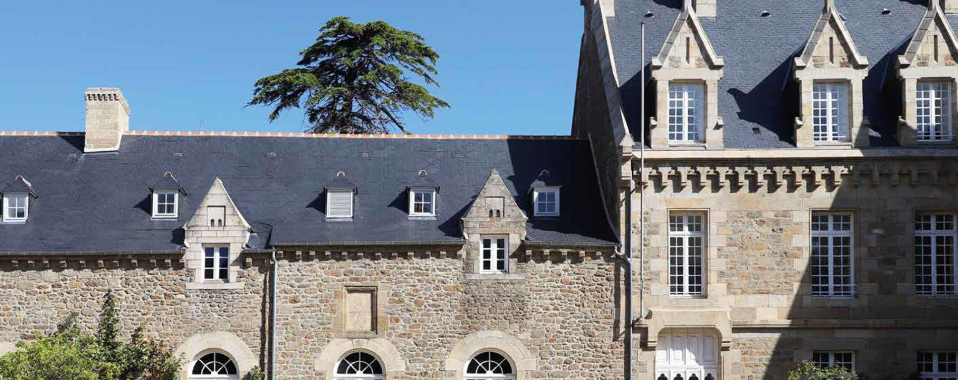 Dinard : programme immobilier à rénover « Le Manoir de la Vicomté » en Loi Pinel ancien